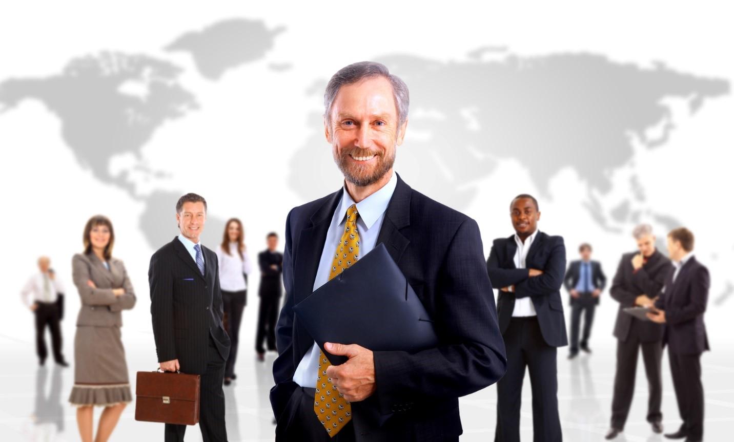 جلب مشارکت چند نفر از تصمیم گیرندگان یک شرکت