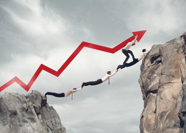 به بهبود فرآیندهای فروش و مشتری کمک کنید