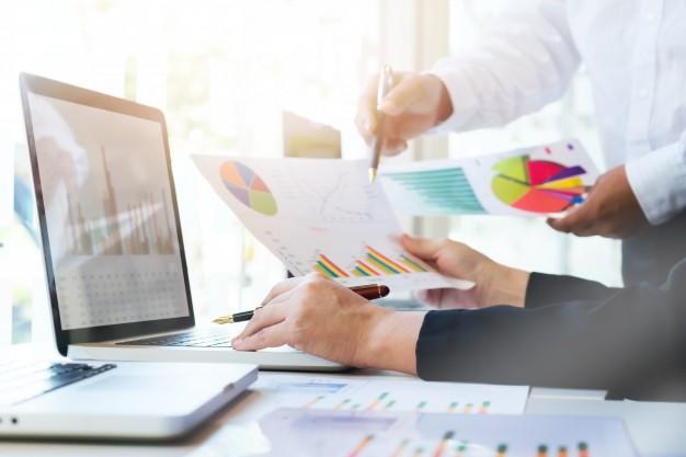  گزارش دادهها به مدیریت ارشد